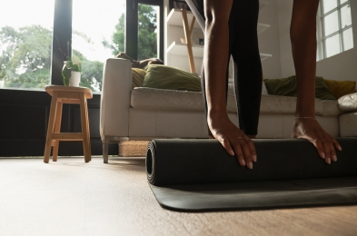 how-to-clean-yoga-mat-featured
