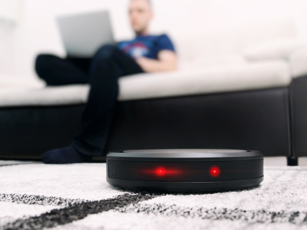 The Best Smart Home Robots for Making Your Life Easier in ...
