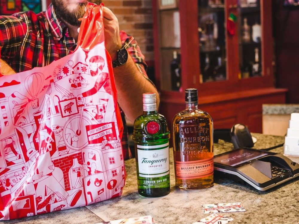 Prepping for the Super Bowl? These Alcohol Delivery Services Will Make Sure You Don't Go Without Booze