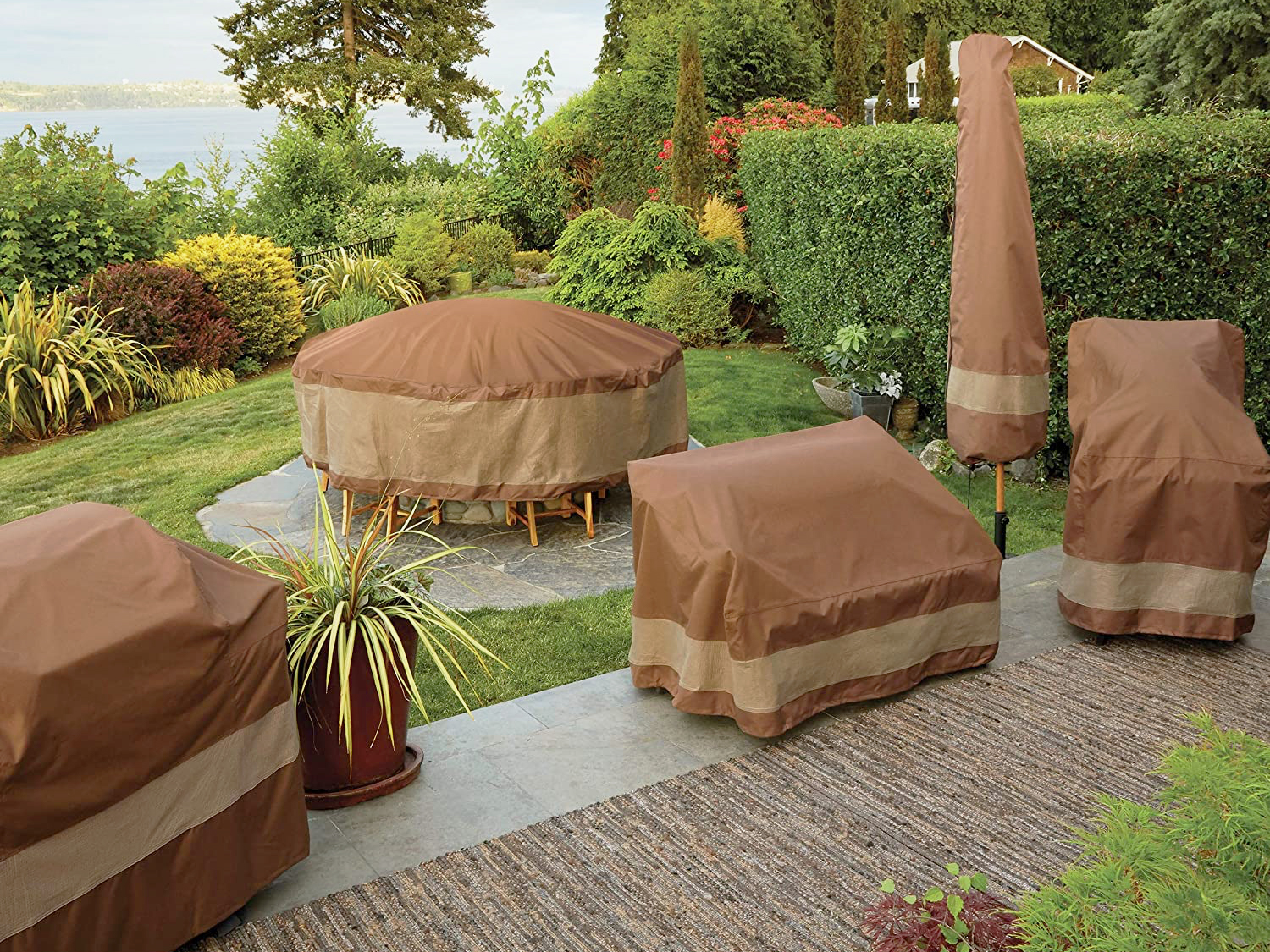 The Most Protective Outdoor Furniture Covers for Your Backyard in