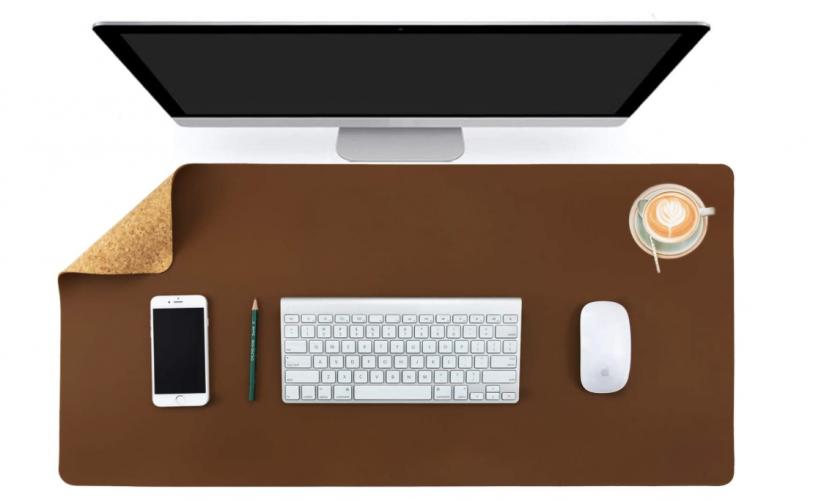 Aothia Desk Mat
