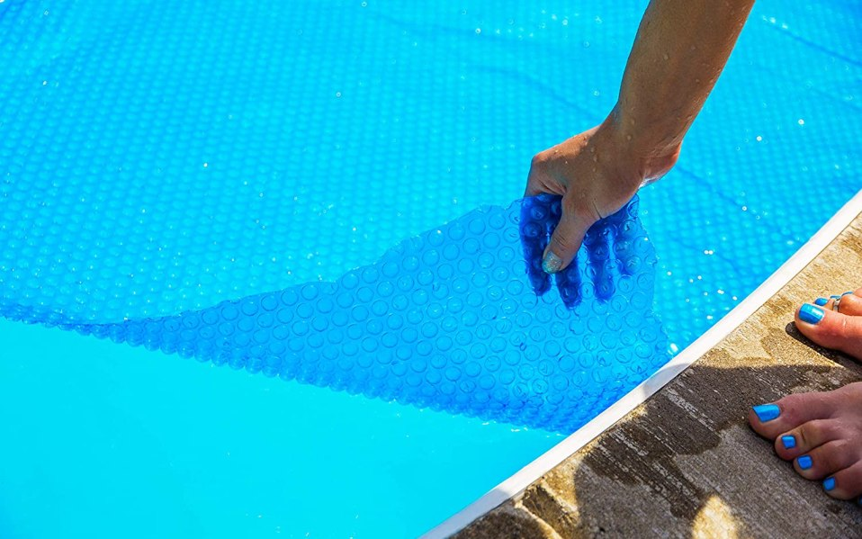 The Best Solar Pool Covers on Amazon in 2021 SPY