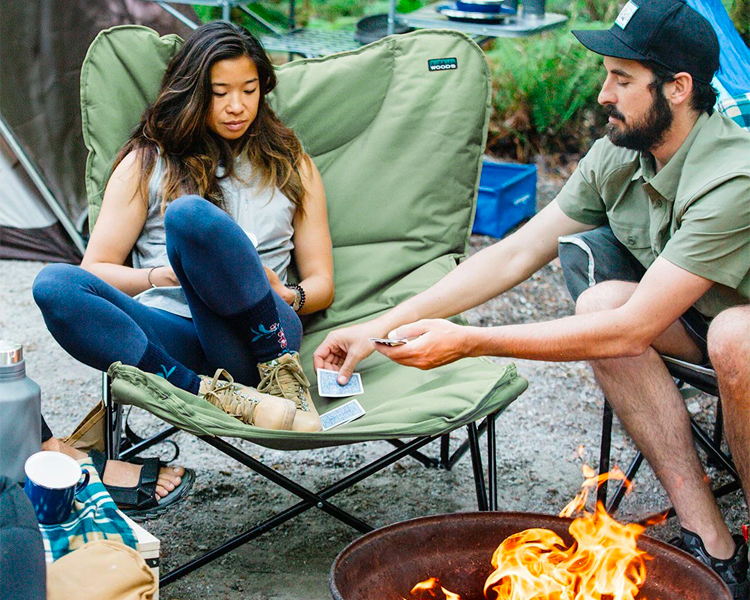 the wood mammoth camping chair, best gifts for mom 2021