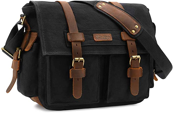 Canvas messenger bag for photographers
