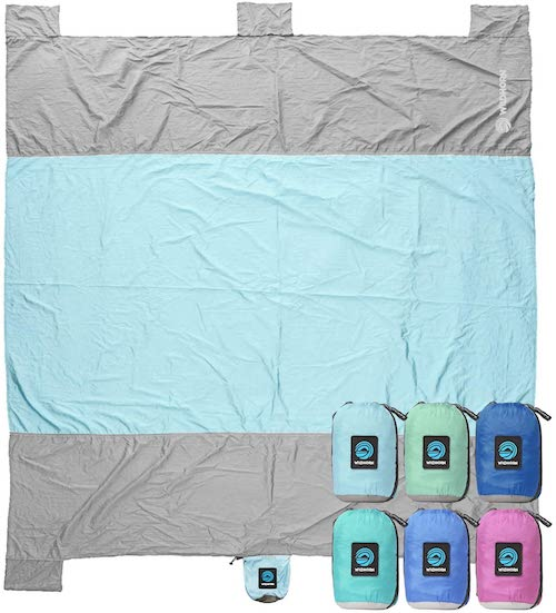 sand resistant beach blanket