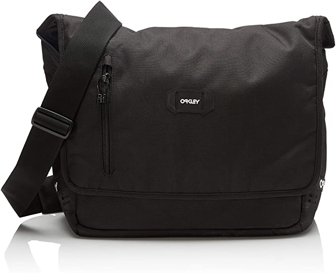 Sporty messenger bag for men