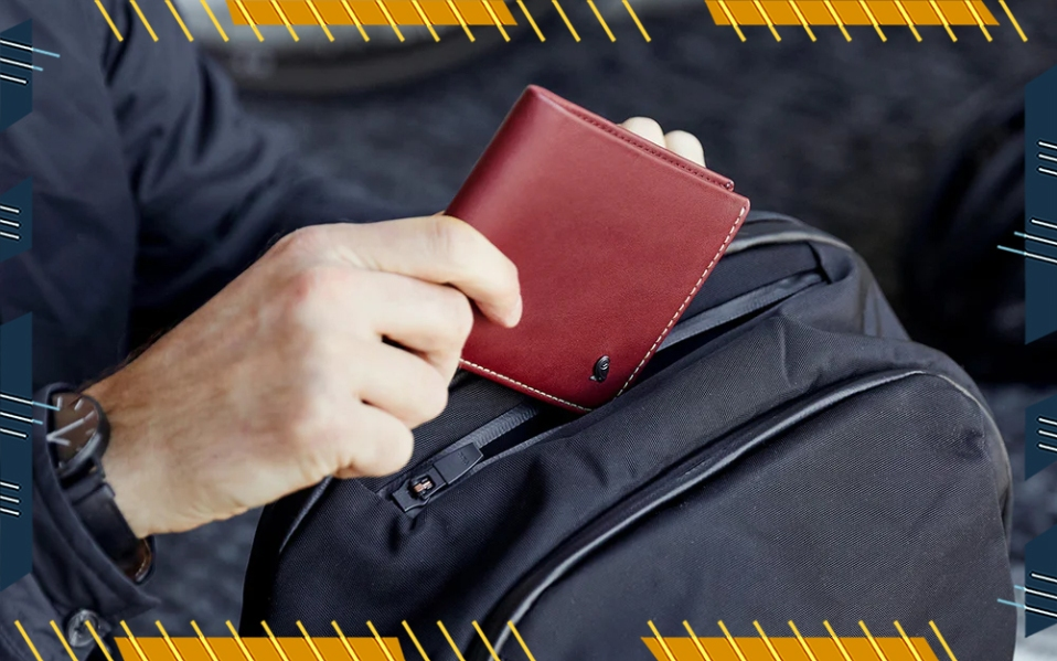 man holding bellroy hide and seek