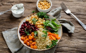 vegetarian food, vegan food, healthy takeout options