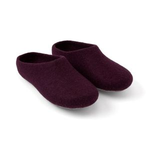 natural wool slippers, gifts for artsy moms