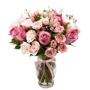 pastel lavender rose bouquet, flower delivery services