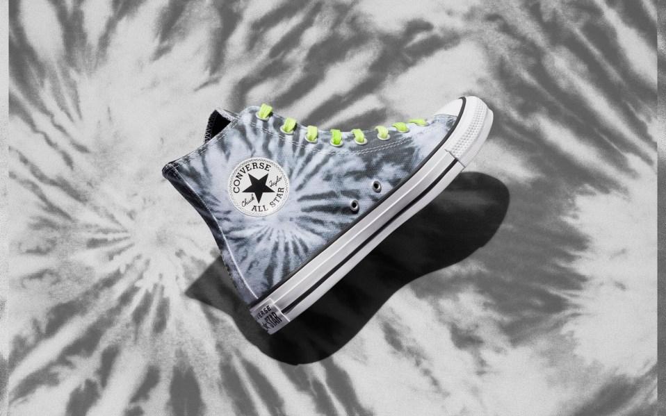 converse tie-dye sneakers chuck taylor