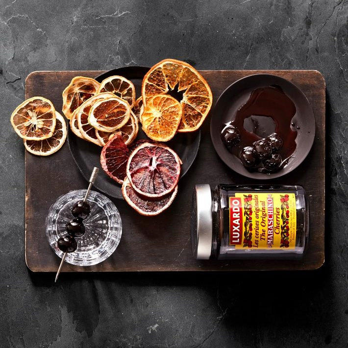 Why Garnishes are Essential in Making Cocktails