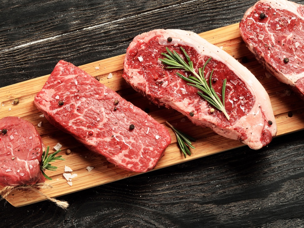 6 Best Meat Subscription Services That Let You Bring Home the Bacon