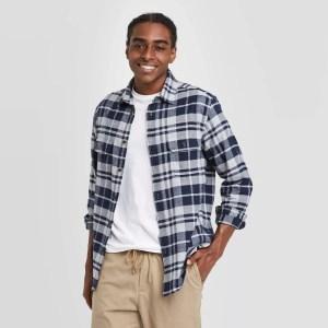 Standard Fit Long Sleeve 2-Pocket Flannel Button-Down Shirt