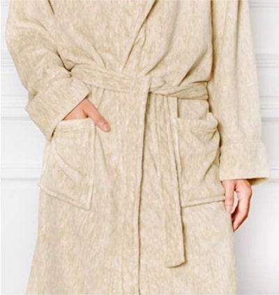 slouchy tan robe - best cheap halloween costume