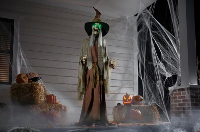 scary-halloween-decorations-featured-image