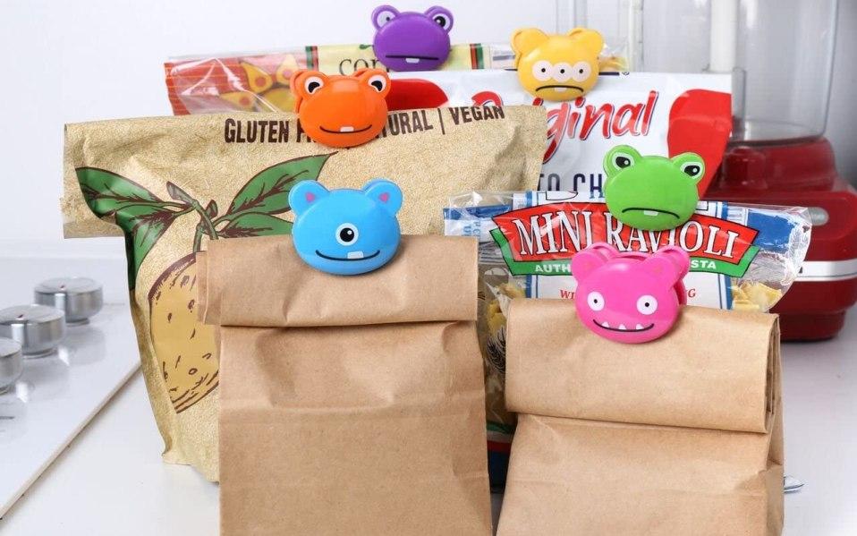 Kikkerland Monsters bag clips clipped on