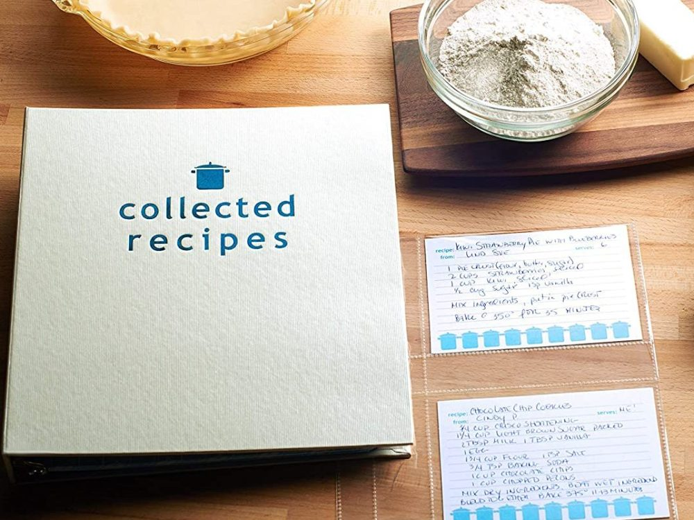 Create Your Own Cookbook With an Organized Recipe Book