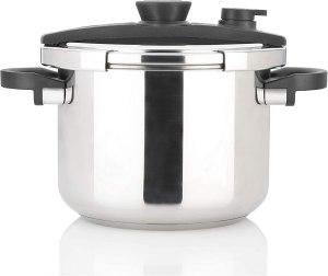 instant pot vs pressure cooker zavor ezlock