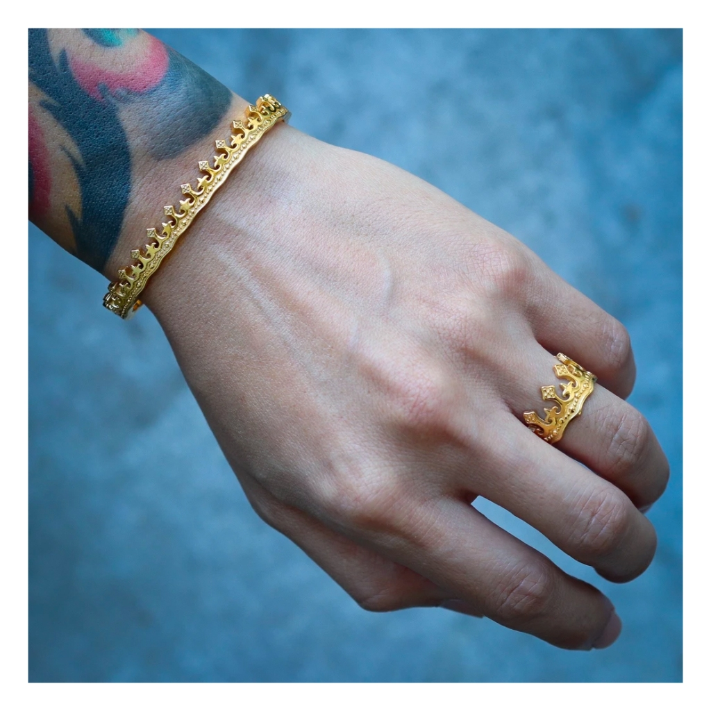 mister crown bracelet
