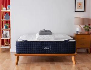dreamcloud mattress, best mattress for back pain