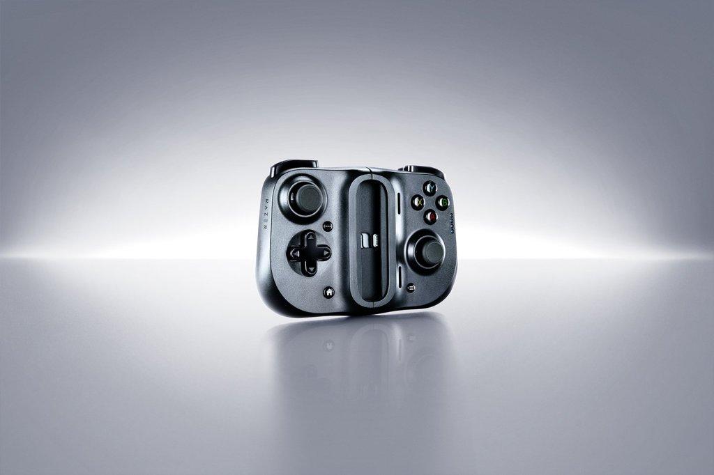 Razer Kishi for iPhone gamepad