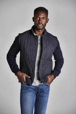 men's quilted jackets - Navy reversible Rye 51 Mantenga Quilted Vest With Removable Sleeves