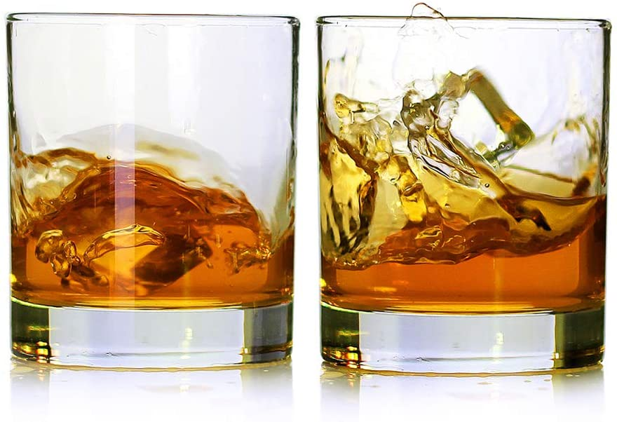 2 Whiskey Glasses - best christmas gifts