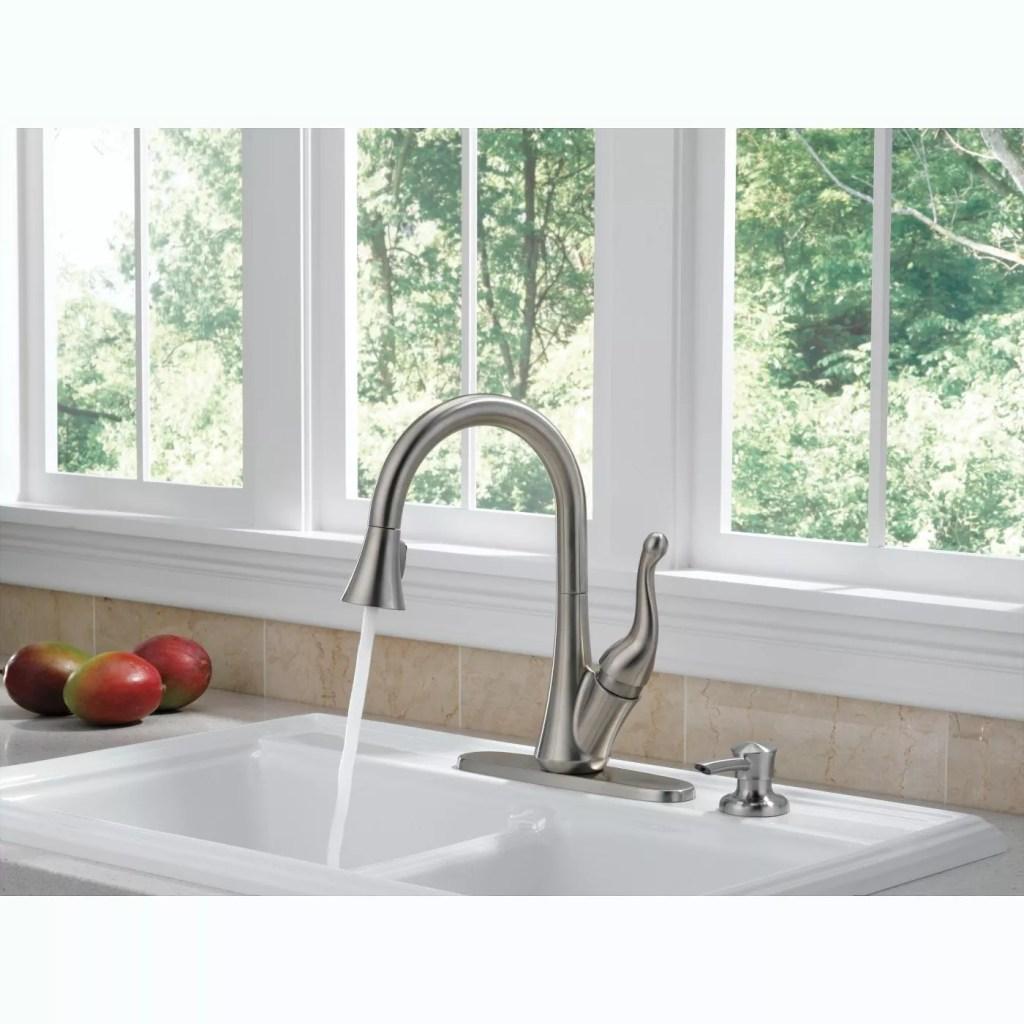 Delta Talbott Pull-Down Kitchen Faucet