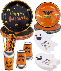 Halloween party supplies, how to host a Halloween movie night
