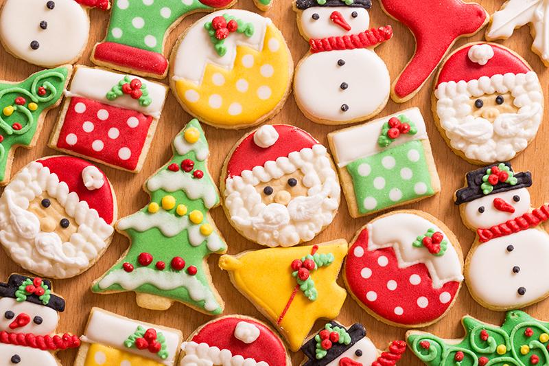 christmas-on-a-budget-homemade-cookies