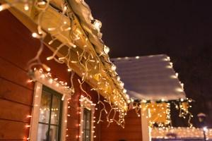 Christmas decorations, Christmas on a budget