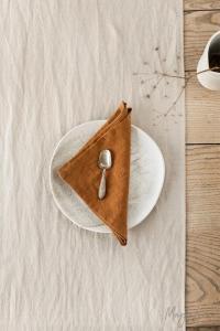 thanksgiving decor dining table holiday centerpieces cinnamon linen napkin