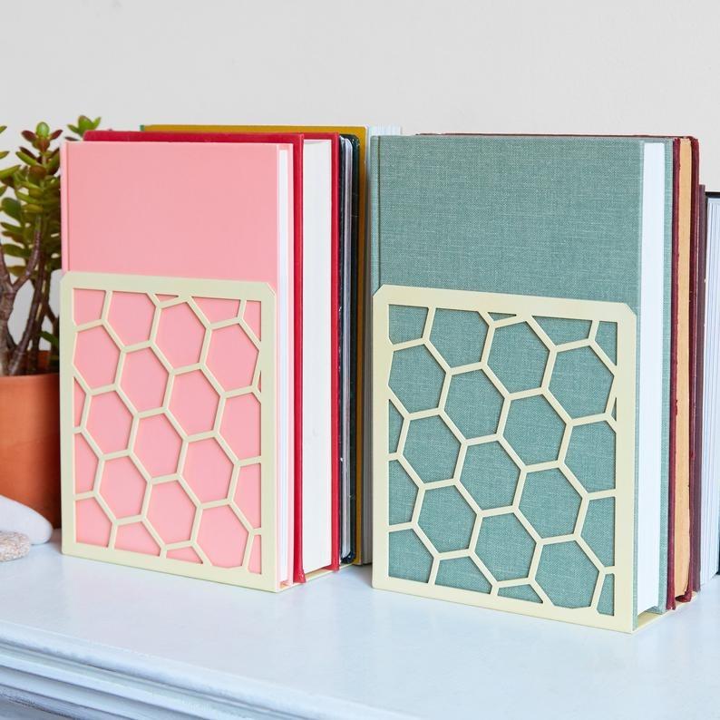 Geomodus-Honeycomb-Metal-Bookends
