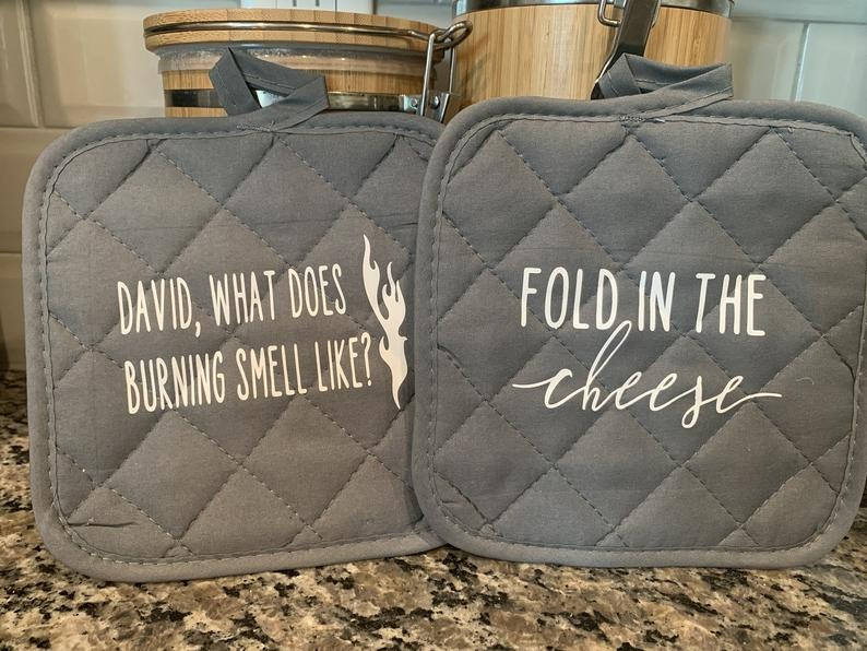 Helen-Foster-Design-Set-of-Two-Oven-Mitts-Fold-in-The-Cheese