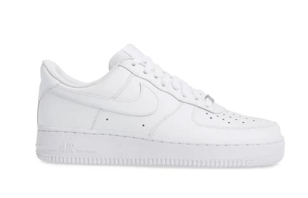 Nike-Air-Force-1-07-Sneaker