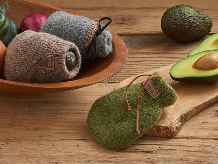 Wool Avocado Ripener
