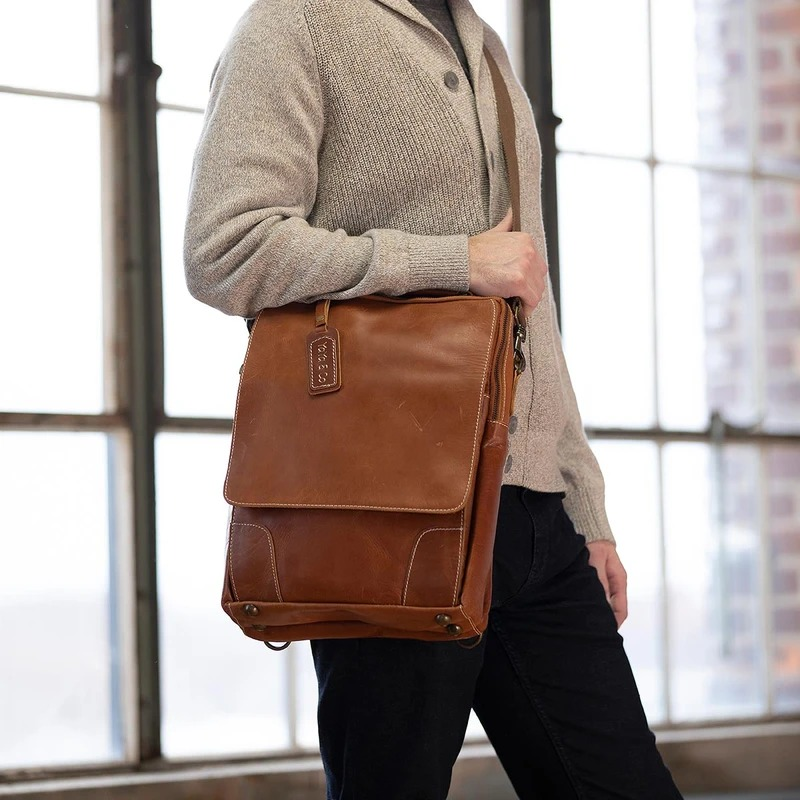 Yaya-Co-Farfield-Leather-Briefcase-Backpack