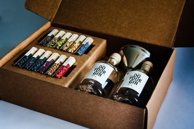 Best Etsy Gifts -Do Your Own Gin Kit