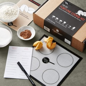 Make Your Own Fortune Cookies Kit