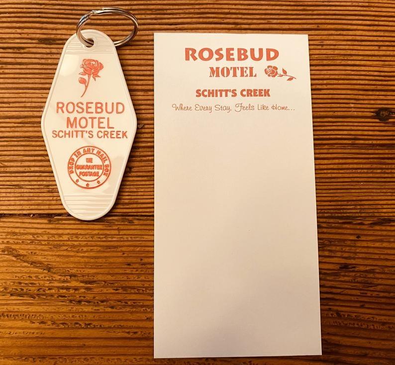 rosebud-motel-key-chain-and-note-pad