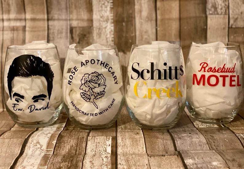 schitts-creek-wine-glass-set