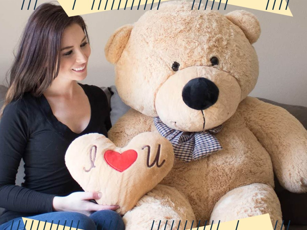 Take Comfort in the 13 Best Stuffed Animals for Adults for Valentine's Day