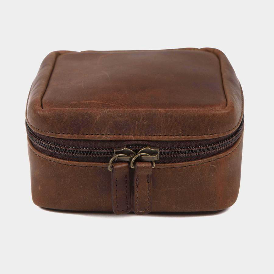 billy reid travel pouch, best Christmas gifts