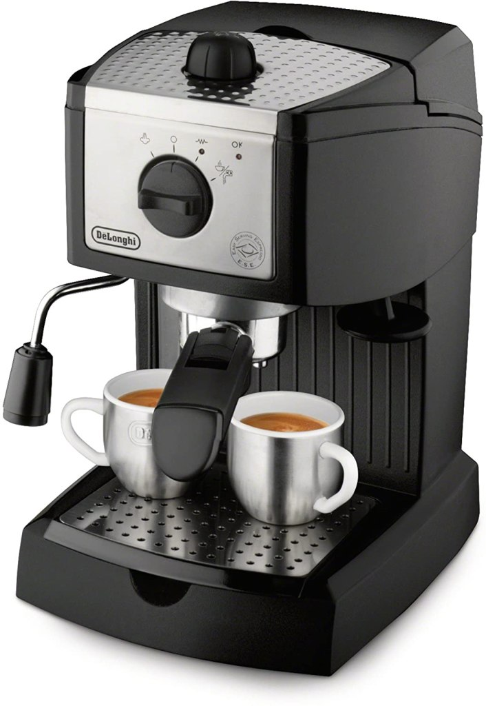 De'Longhi 15 bar Pump Espresso and Cappuccino Maker, best gifts for couples