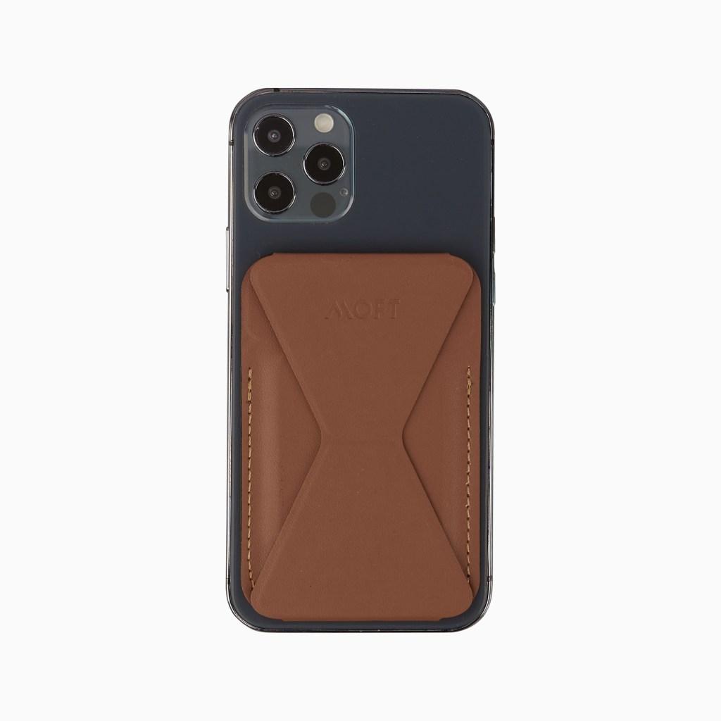 MOFT MagSafe Wallet, best iphone 12 accessories