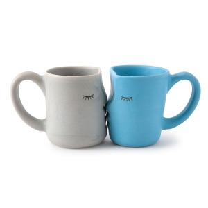 The Kissing Mugs, gifts for couples