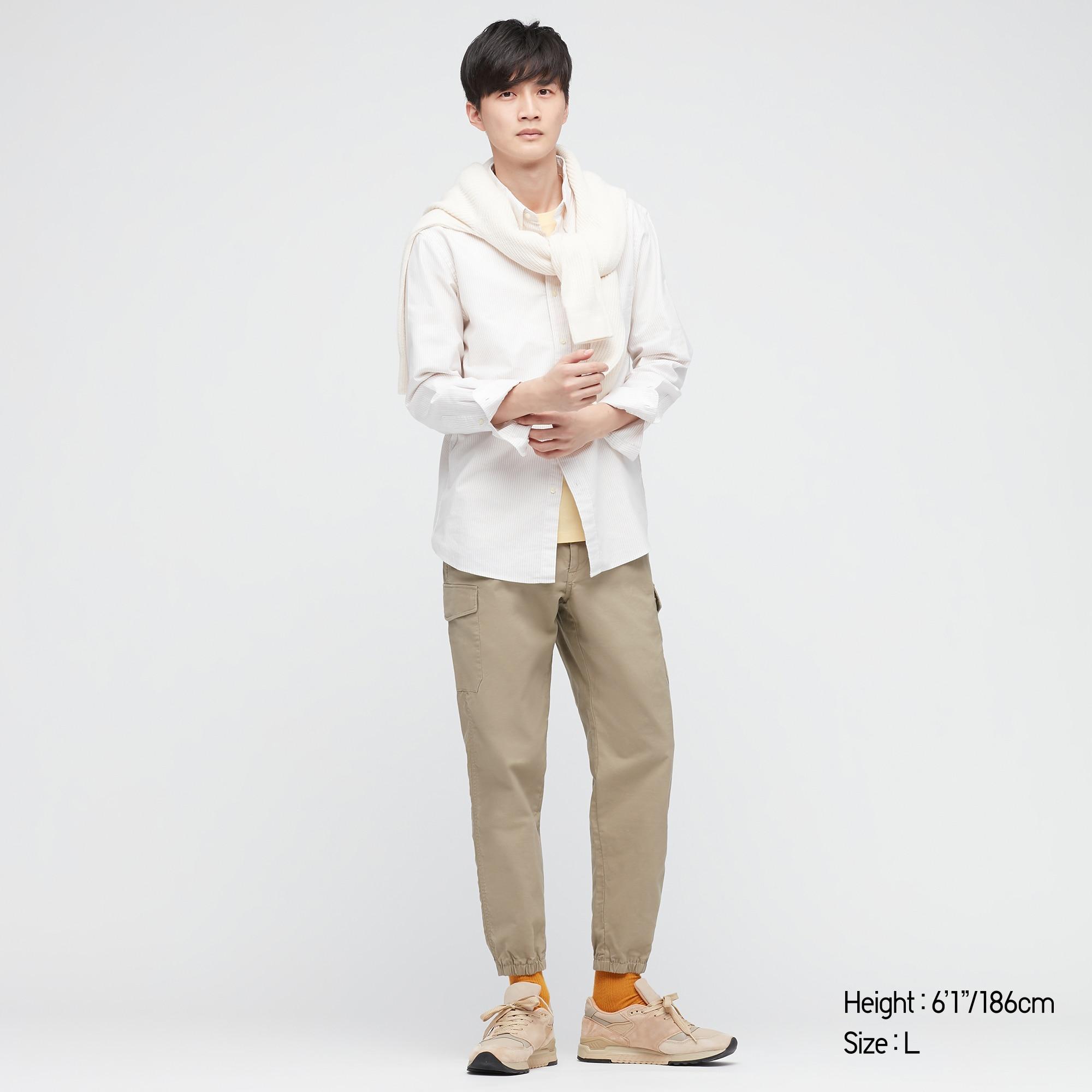 Man wears khaki Uniqlo Cargo Jogger Pant