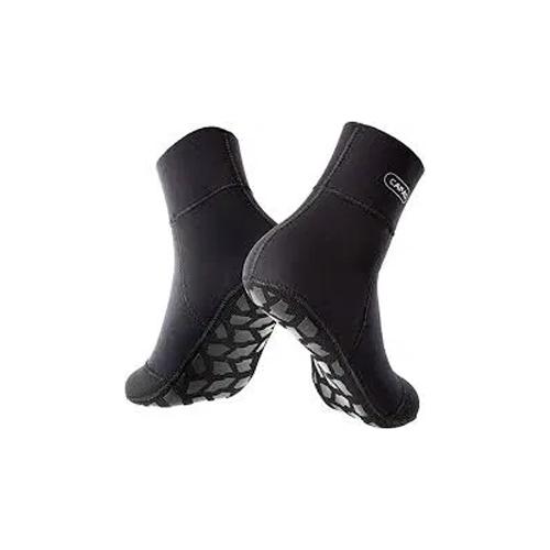 black neoprene socks