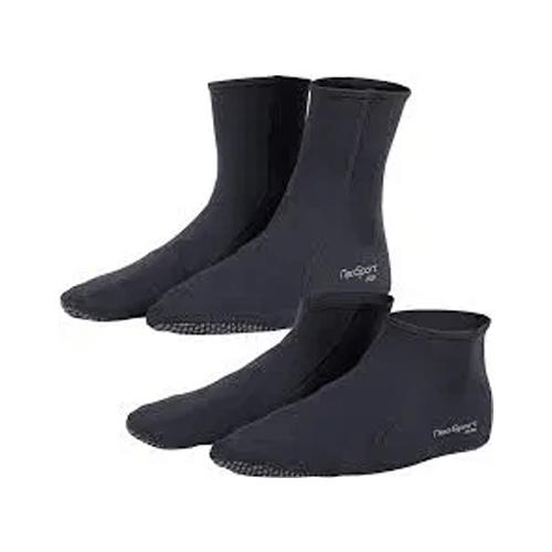 black neoprene water socks